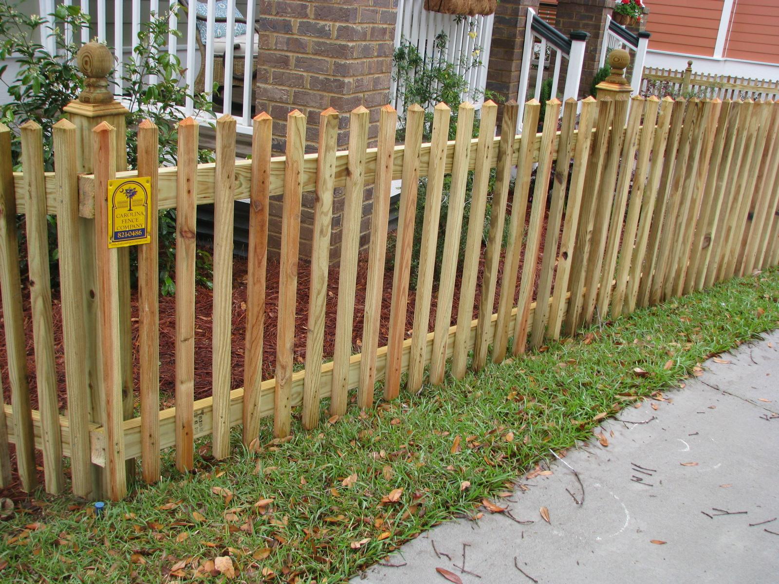 Picket fences charleston sc carolina fence company for Charleston style fence